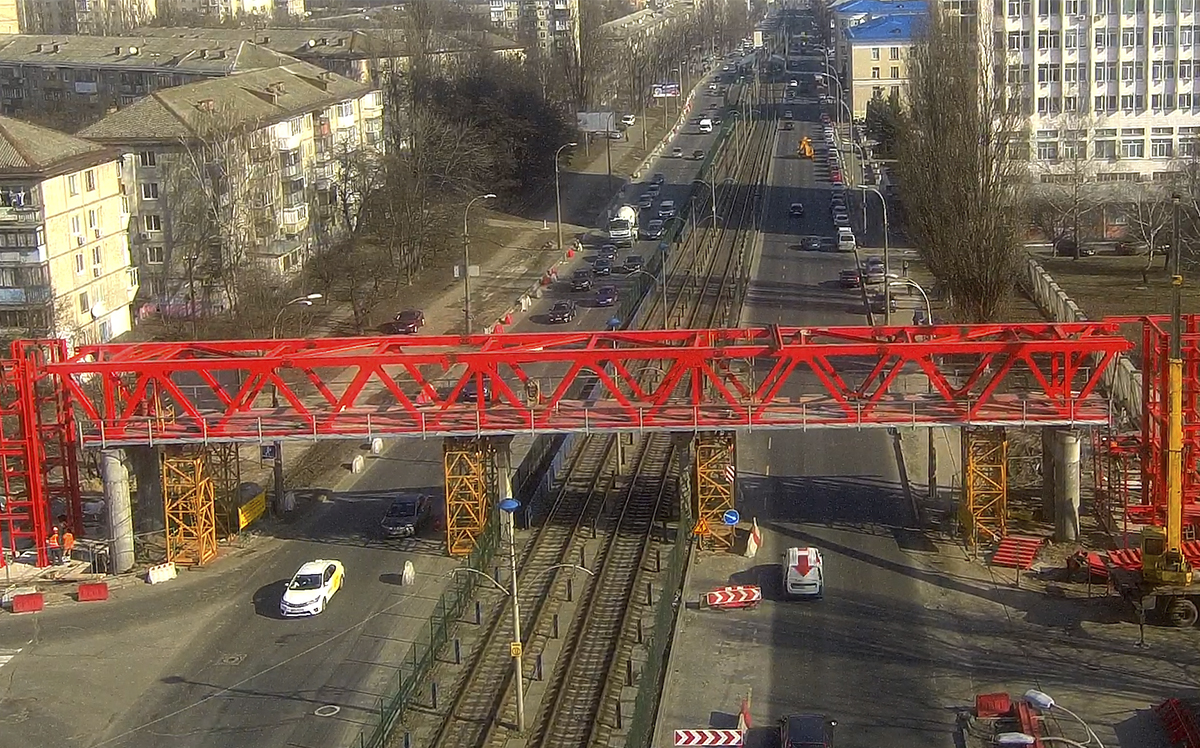Pedestrian bridges in February 2020