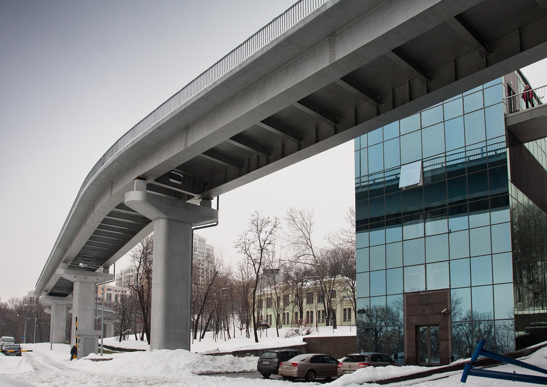 Overpass on Parkova road